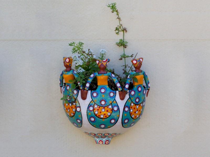 3 Lady Wall Planter