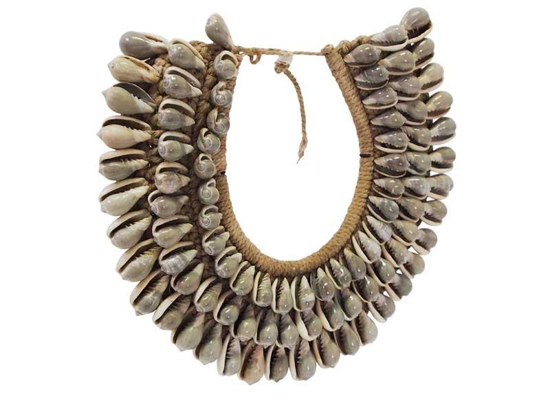 Decorative Shell Necklace - Grey